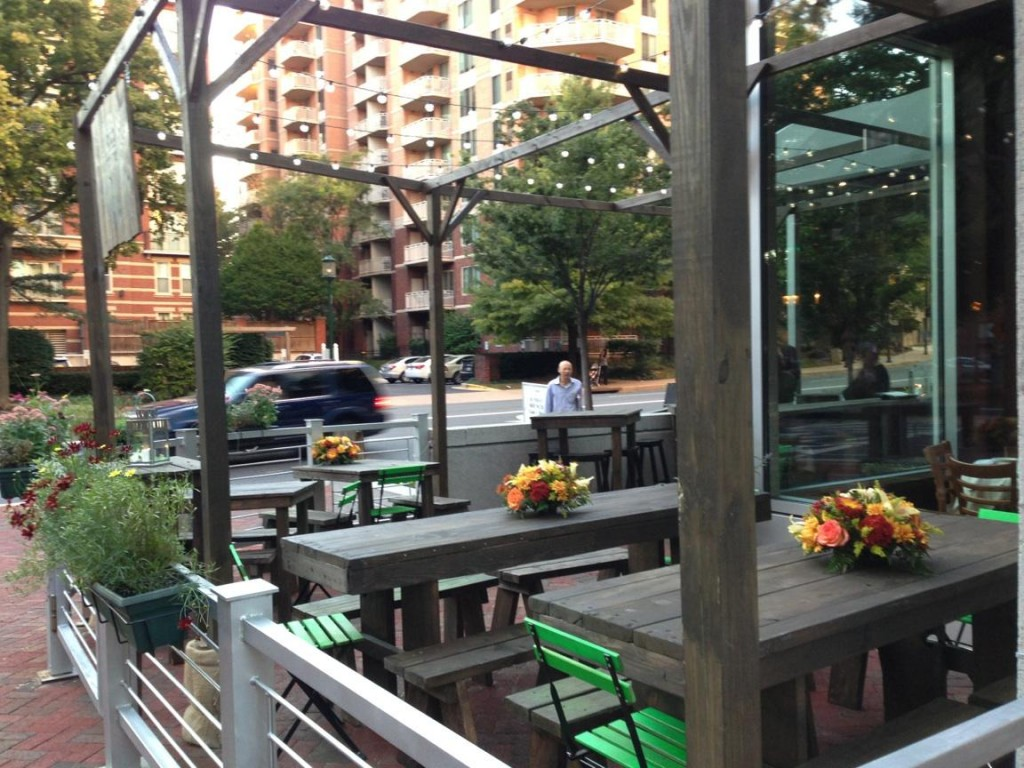 Washingtonian U2013 Check Out La Piazza, Bethesdau0027s Newest Beer Garden